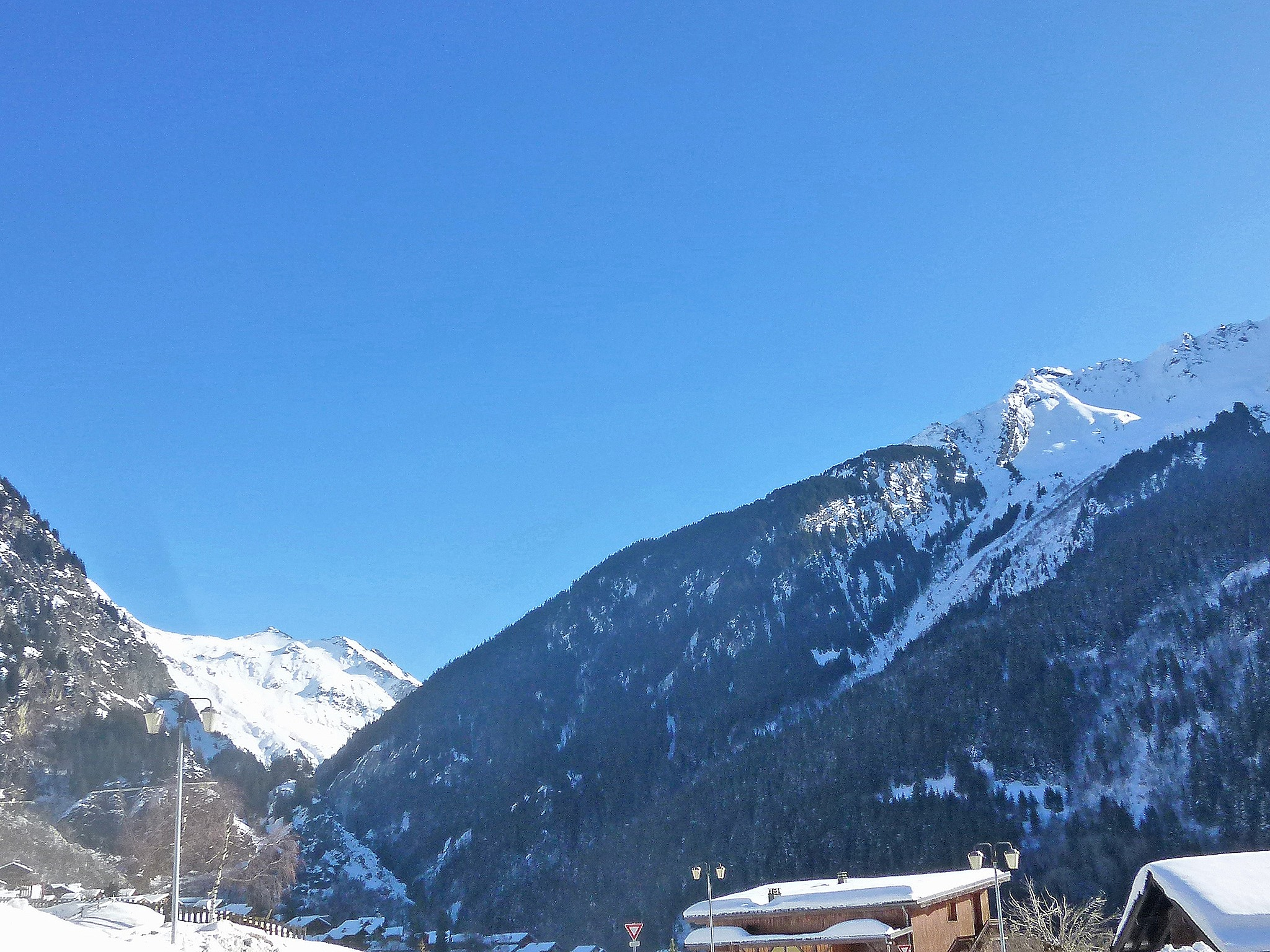 Chalet Carella - ski area