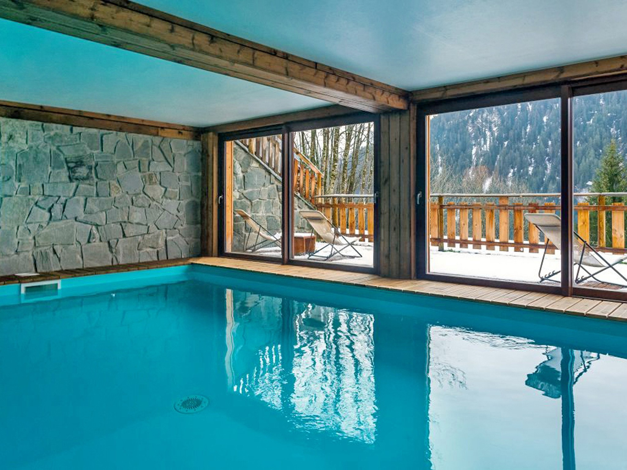 Chalet Châtel CLV01 - indoor pool
