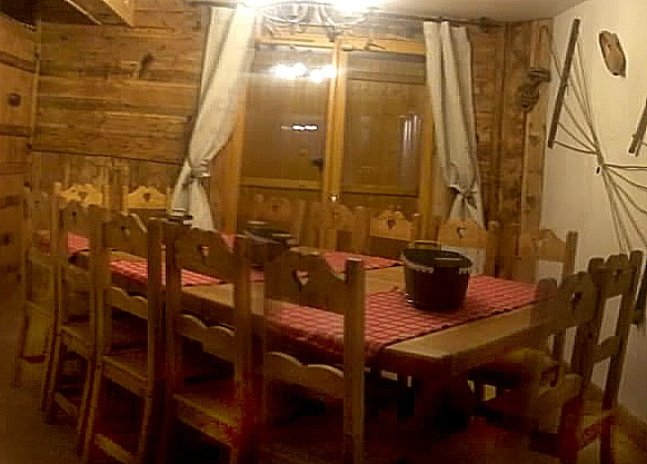 Chalet Mil'ans - coin repas