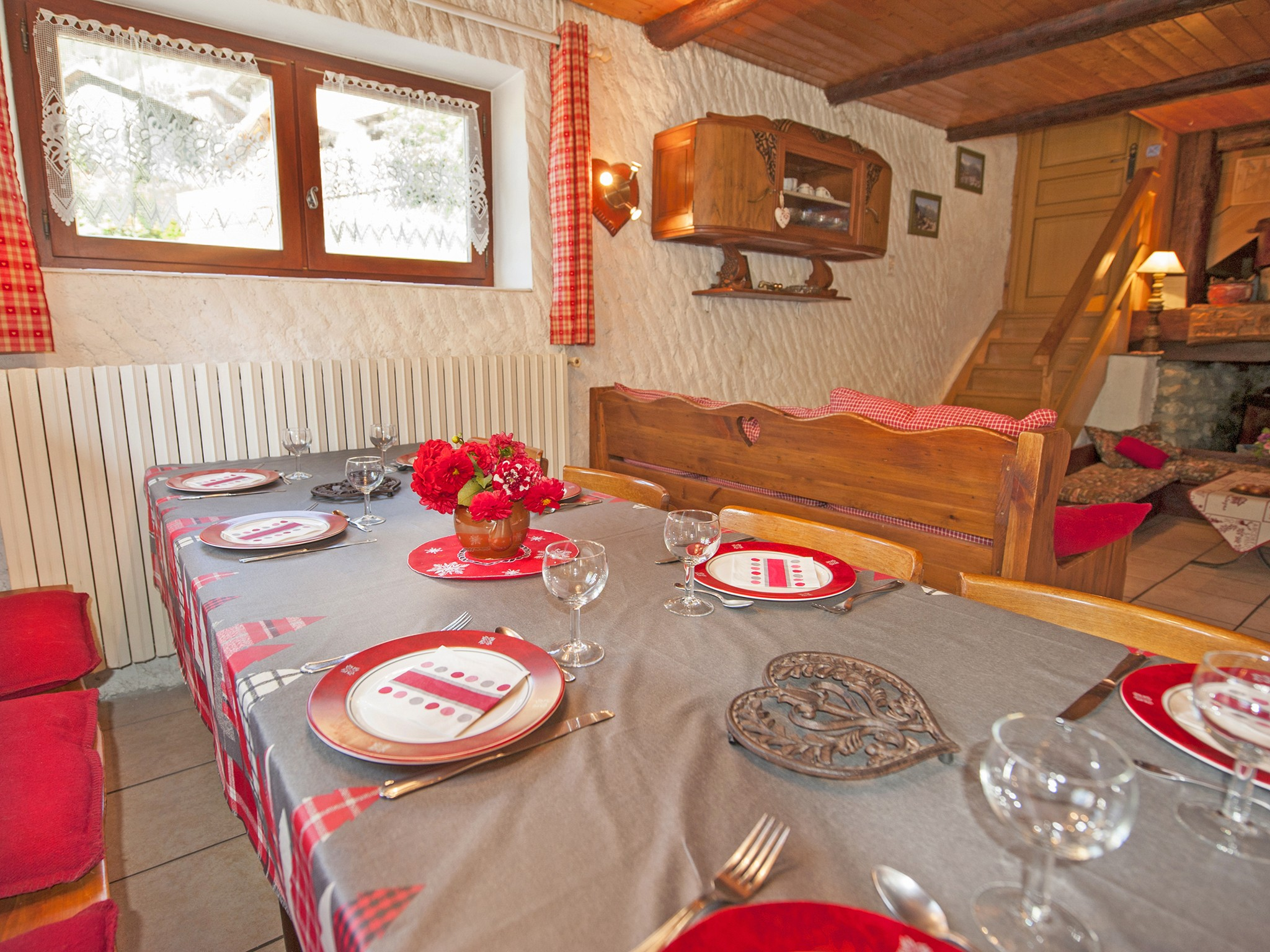 Chalet Vieux Moulin - dining area