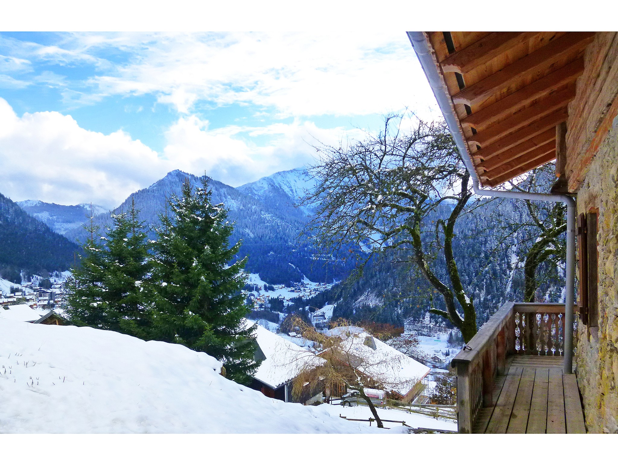 Chalet Petit Châtel - panoramic view
