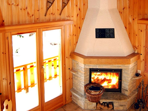 Chalet Collons CMR01 - fireplace