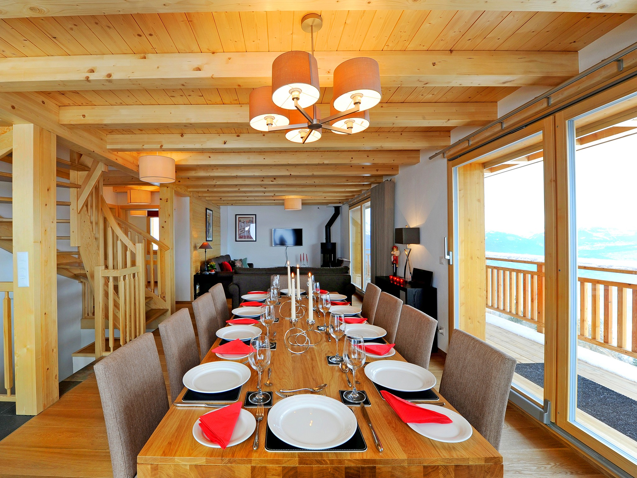 Chalet Brock - dining area