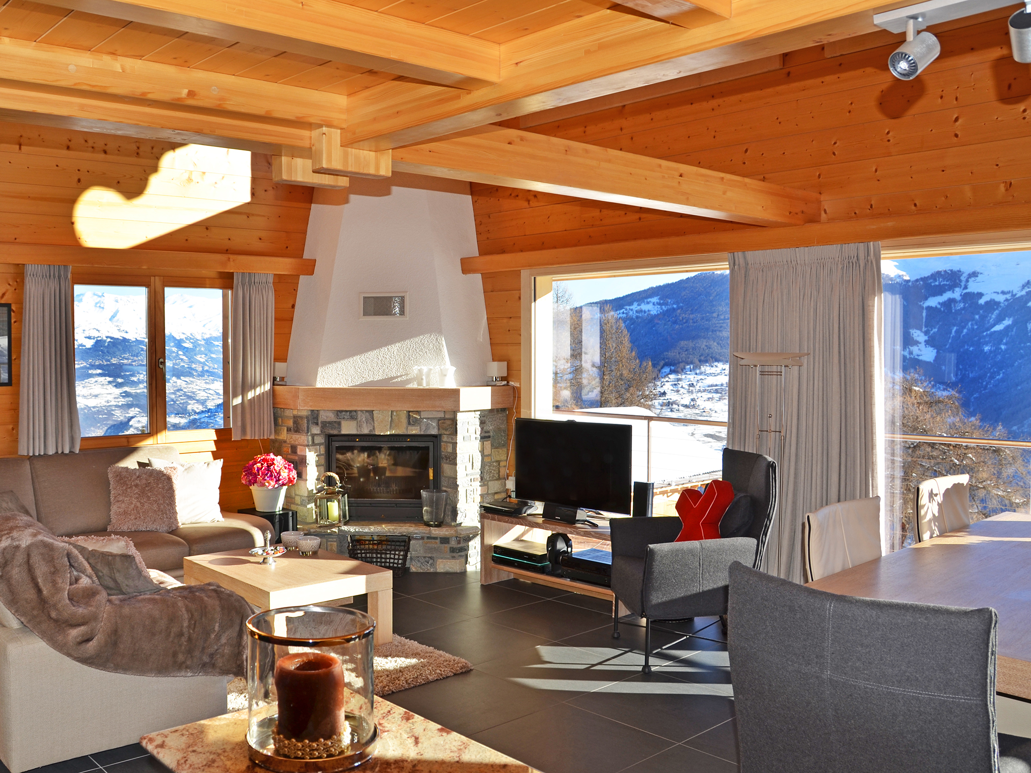 Chalet Magic Mountain - living room