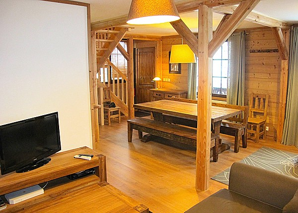 Chalet Alpenvue - living room