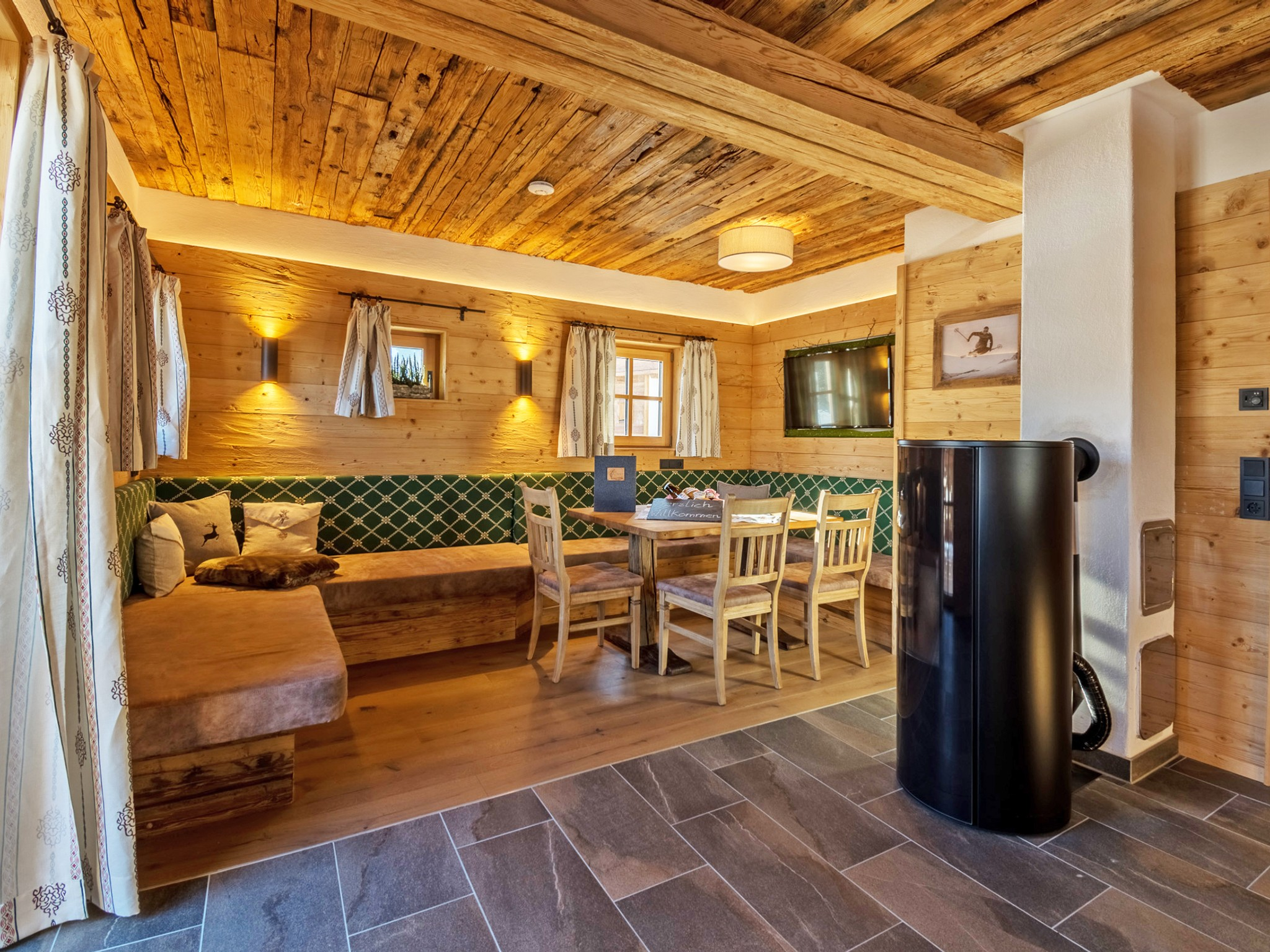Mountain Lodge Leogang - Essbereich