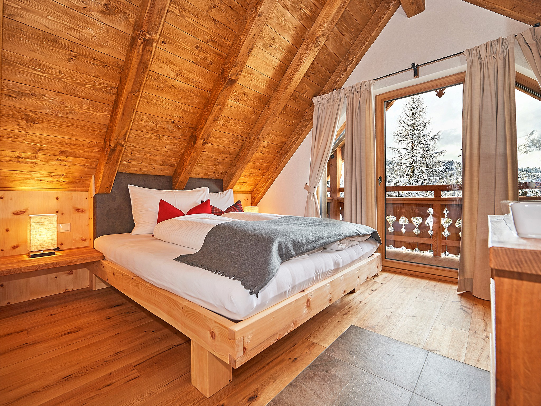 Dachstein Lodge - bedroom