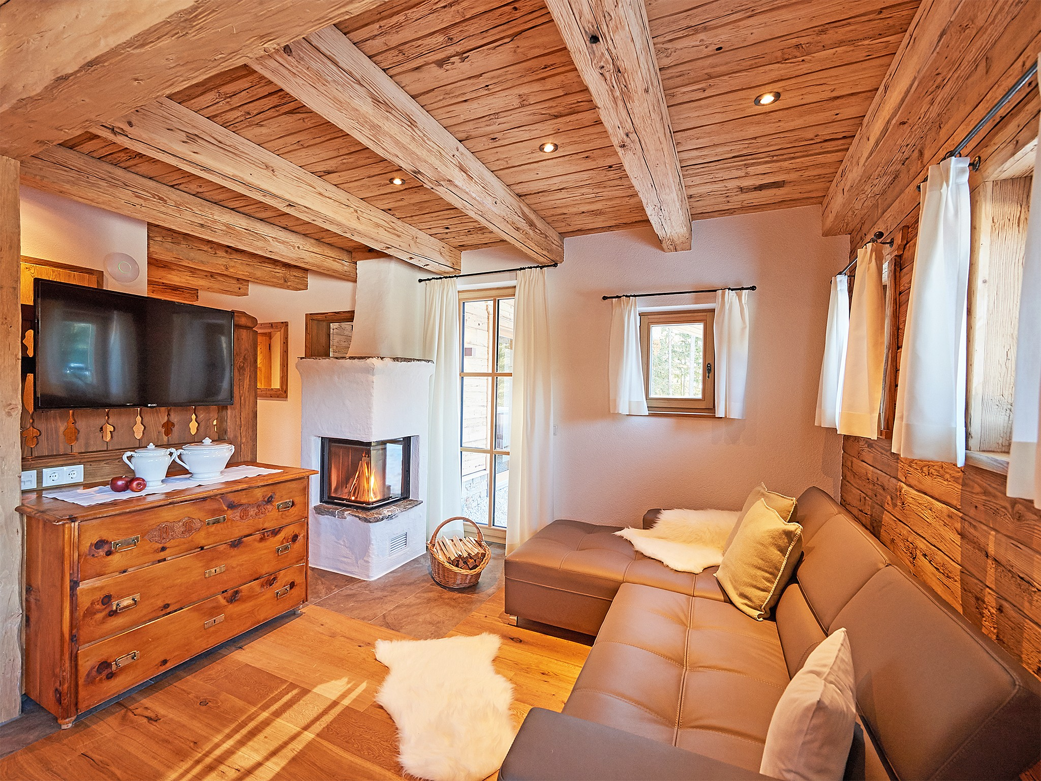 Dachstein Lodge - living room