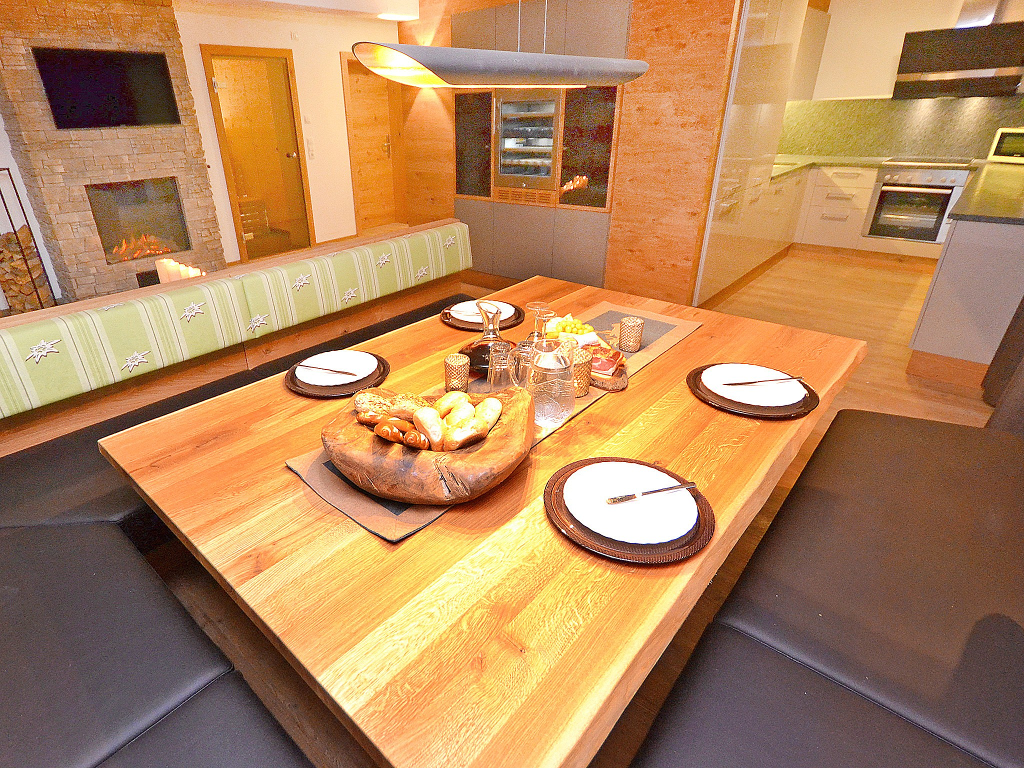 Spa Lodge Zillertal - dining area