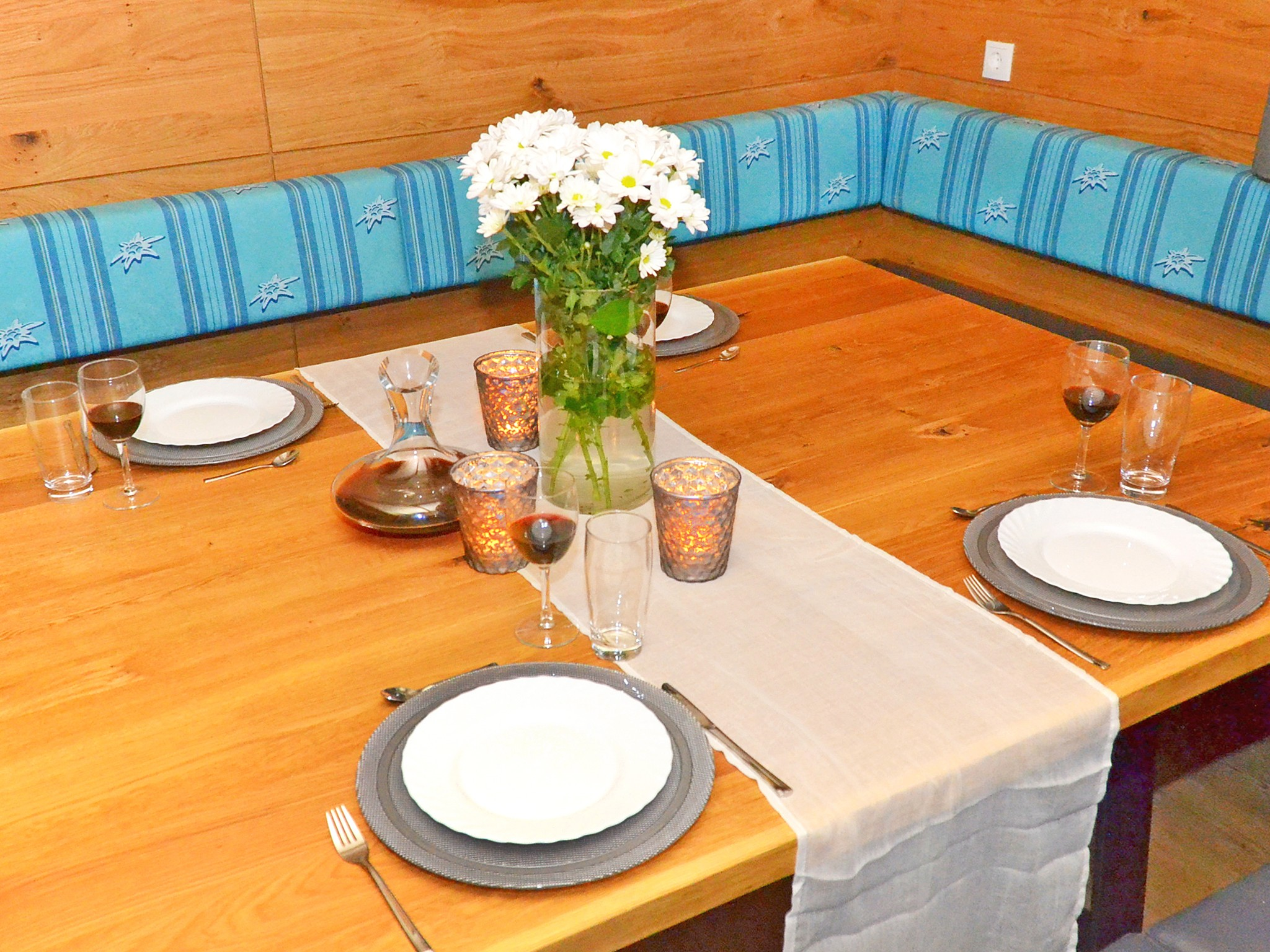 Spa Lodge Zillertal 2 - dining area