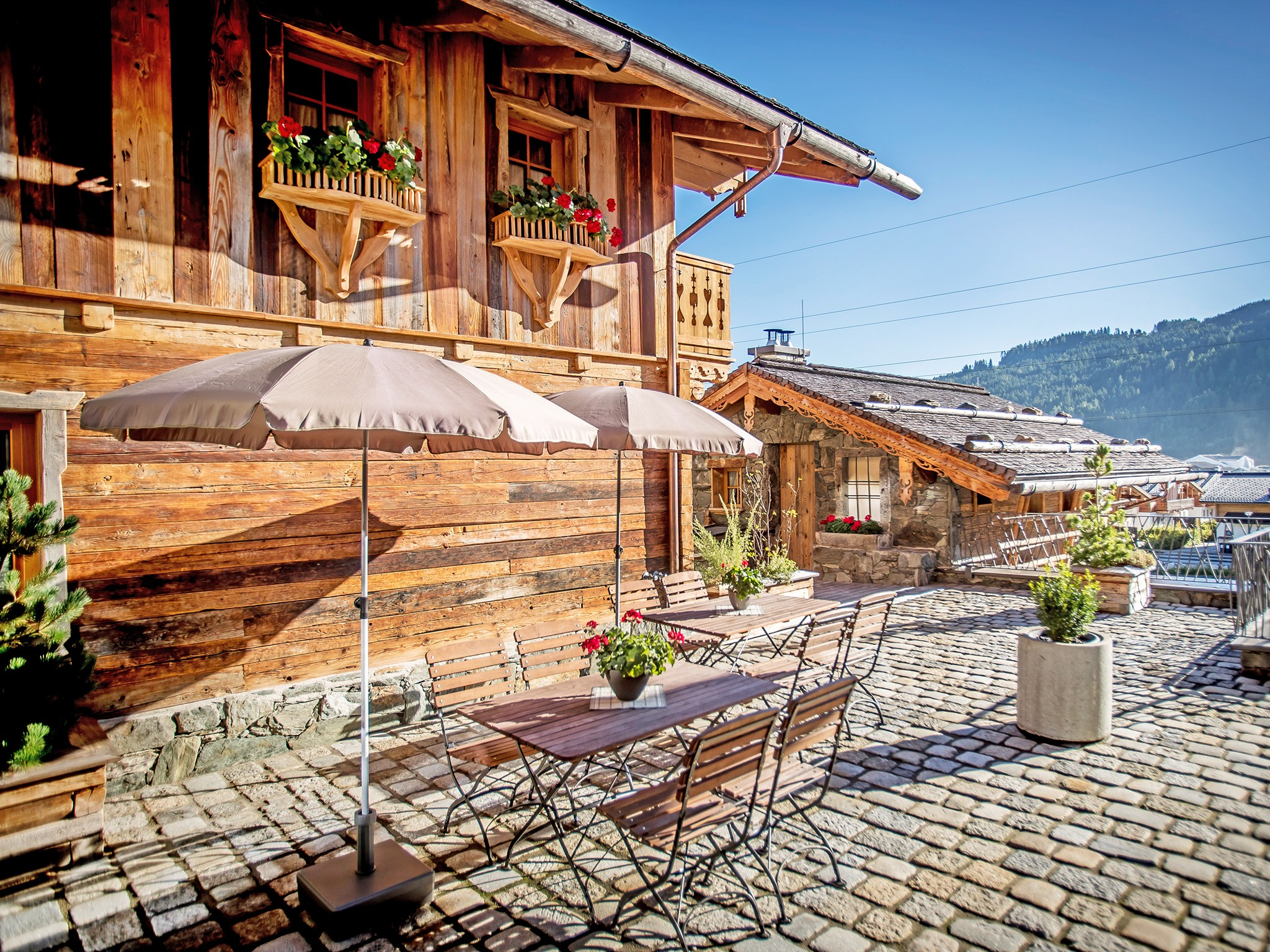 Alpin-Lodge-Flachau-#2-Terrasse-B