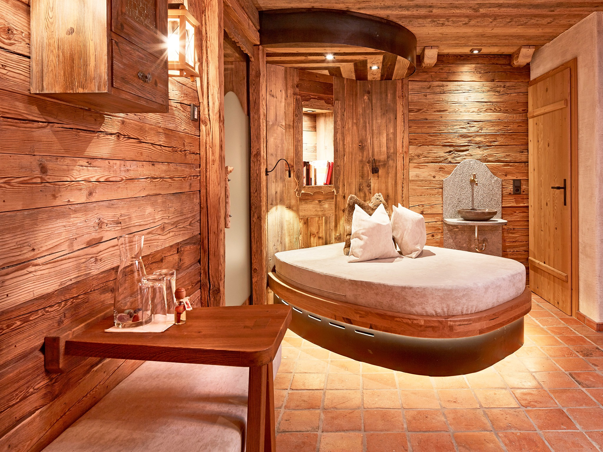 Alpin-Lodge-Flachau-#2-Wellness-Vorraum-B