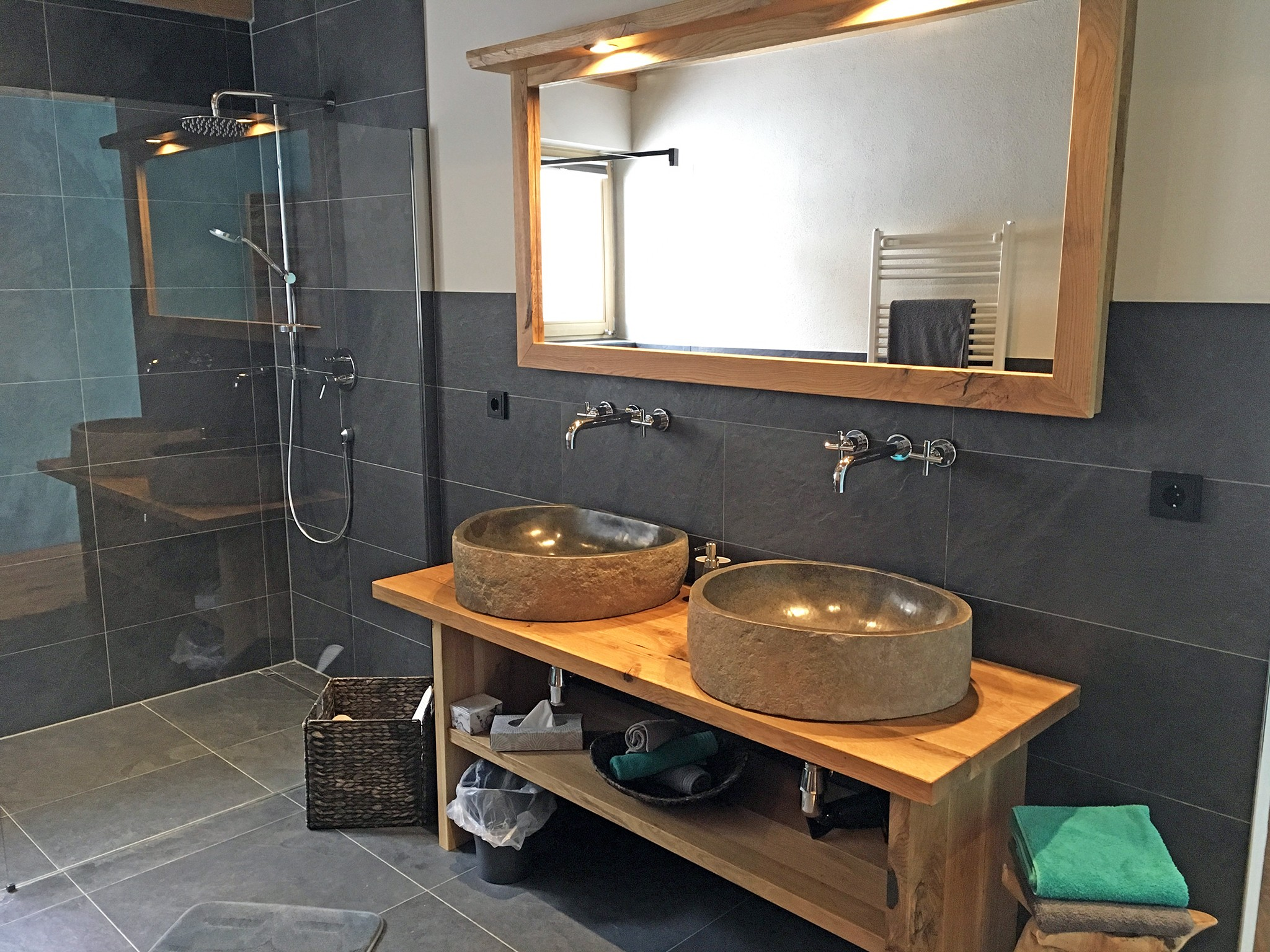 Alpine Luxury Lodge Zugspitze - bathroom