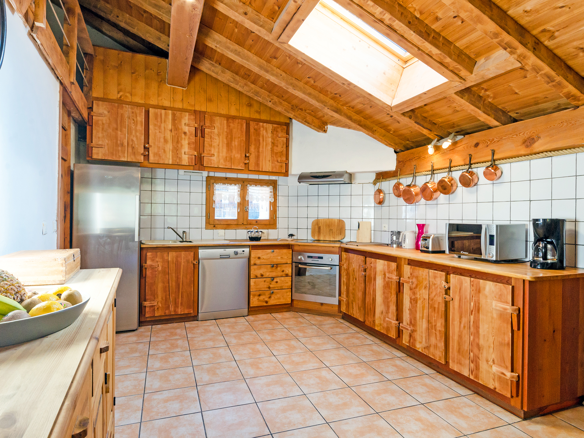 Chalet Ulysse - kitchen