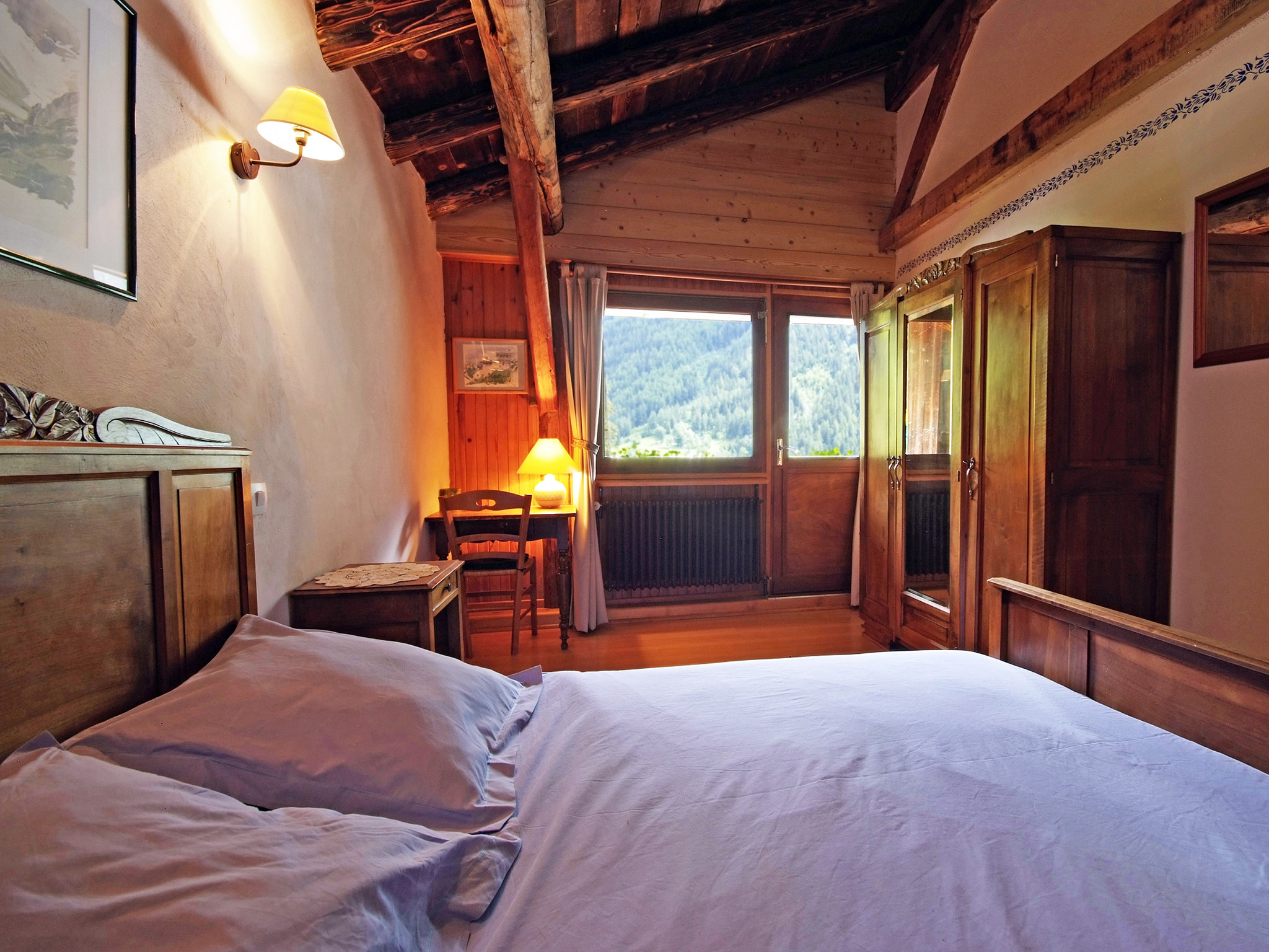 Chalet de Claude - bedroom