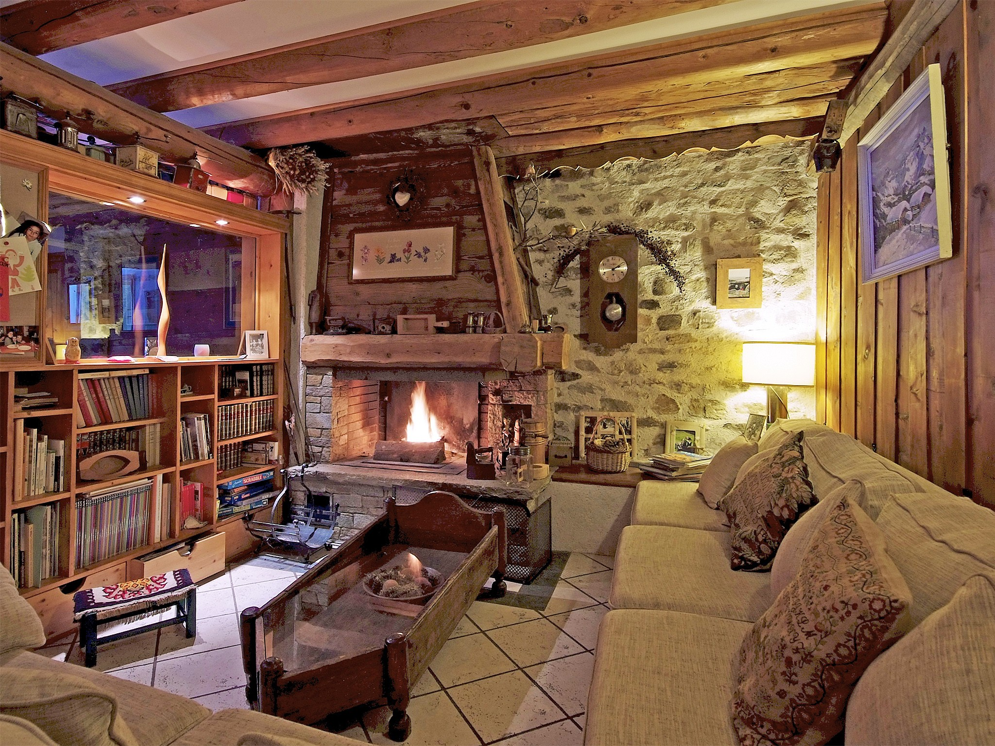 Chalet de Claude - living room