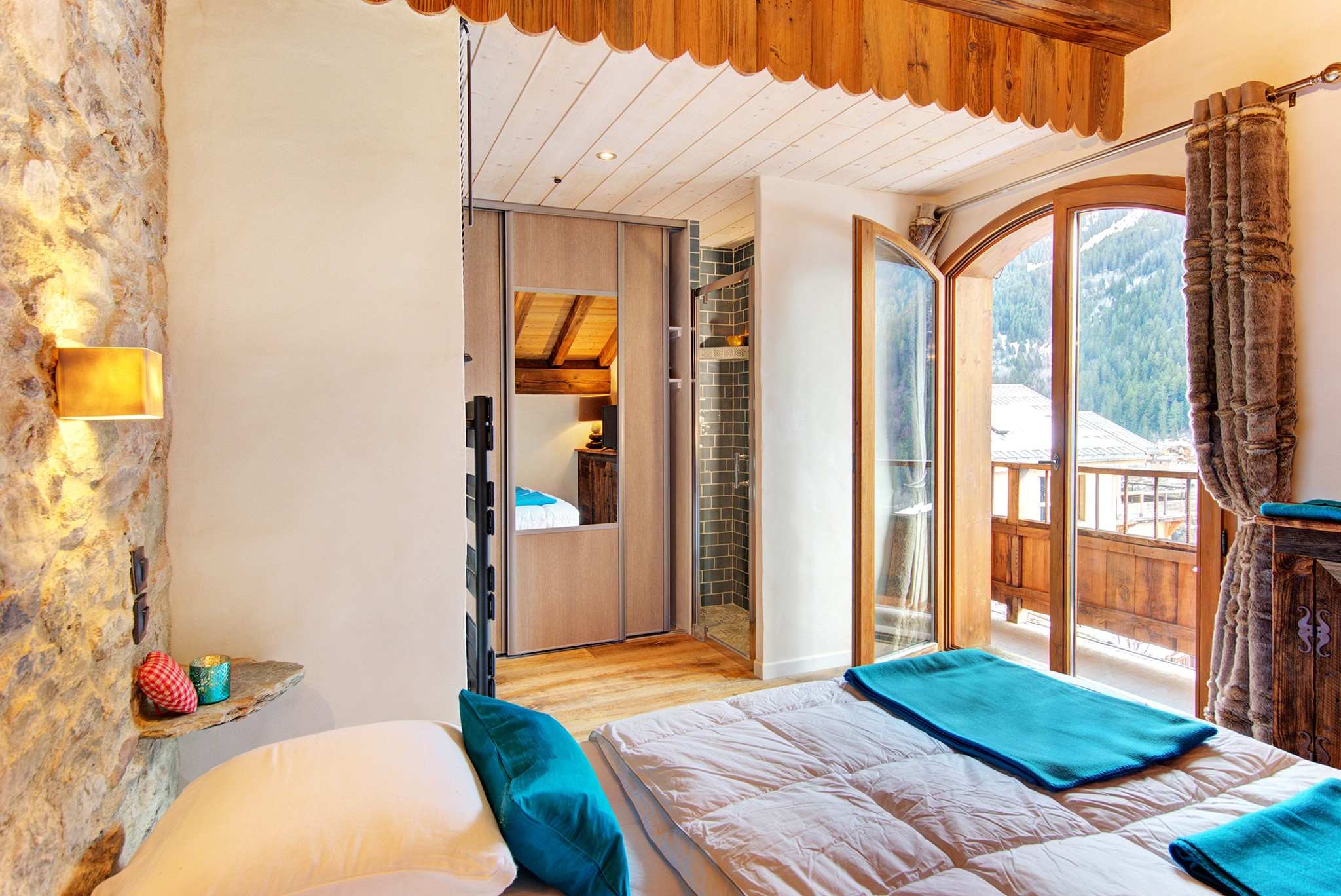 Chalet Mountain Sun - bedroom