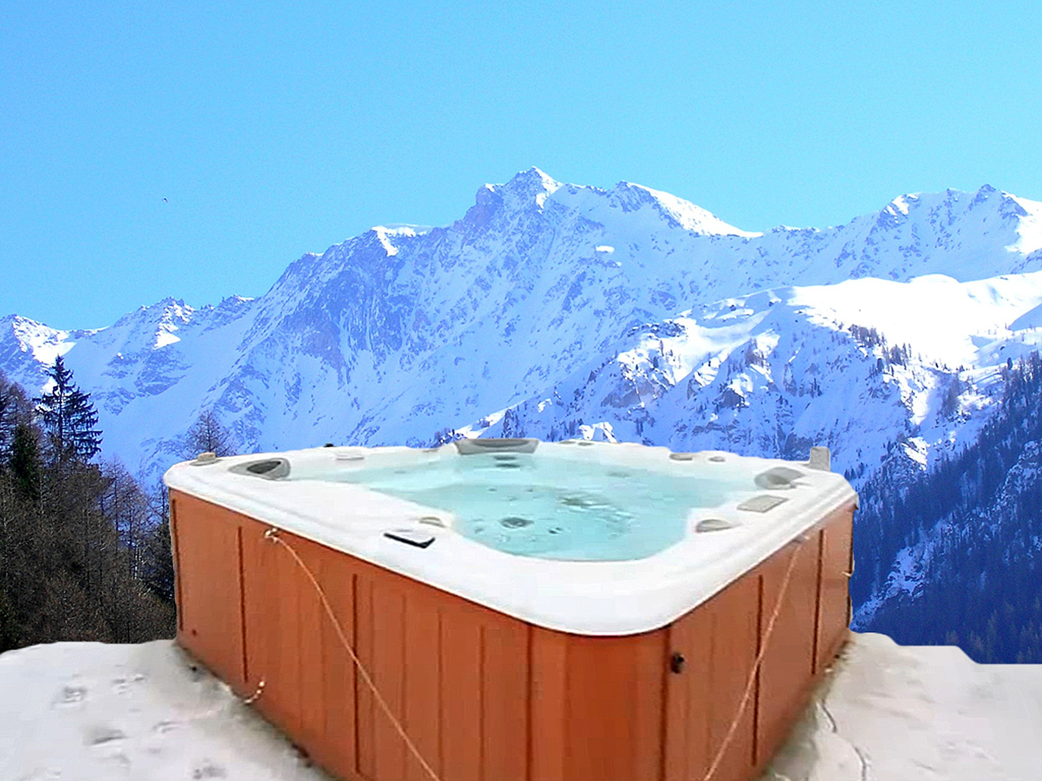 Chalet Pure Paradise - outdoor jacuzzi (example)