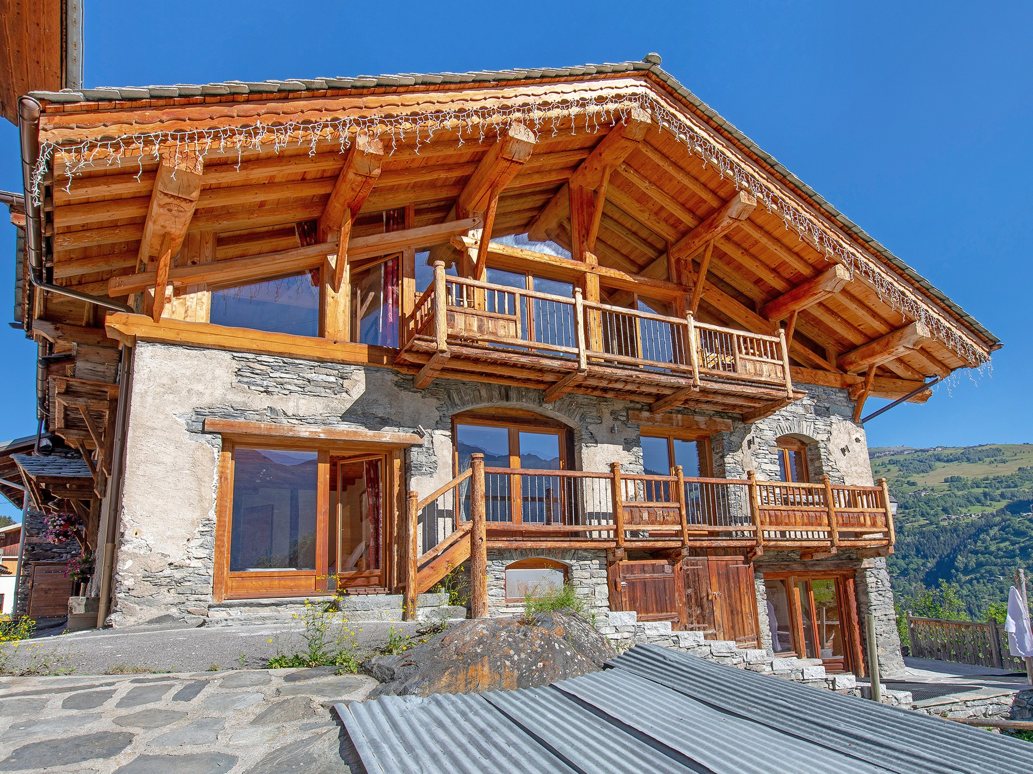 Chalet Farmhouse