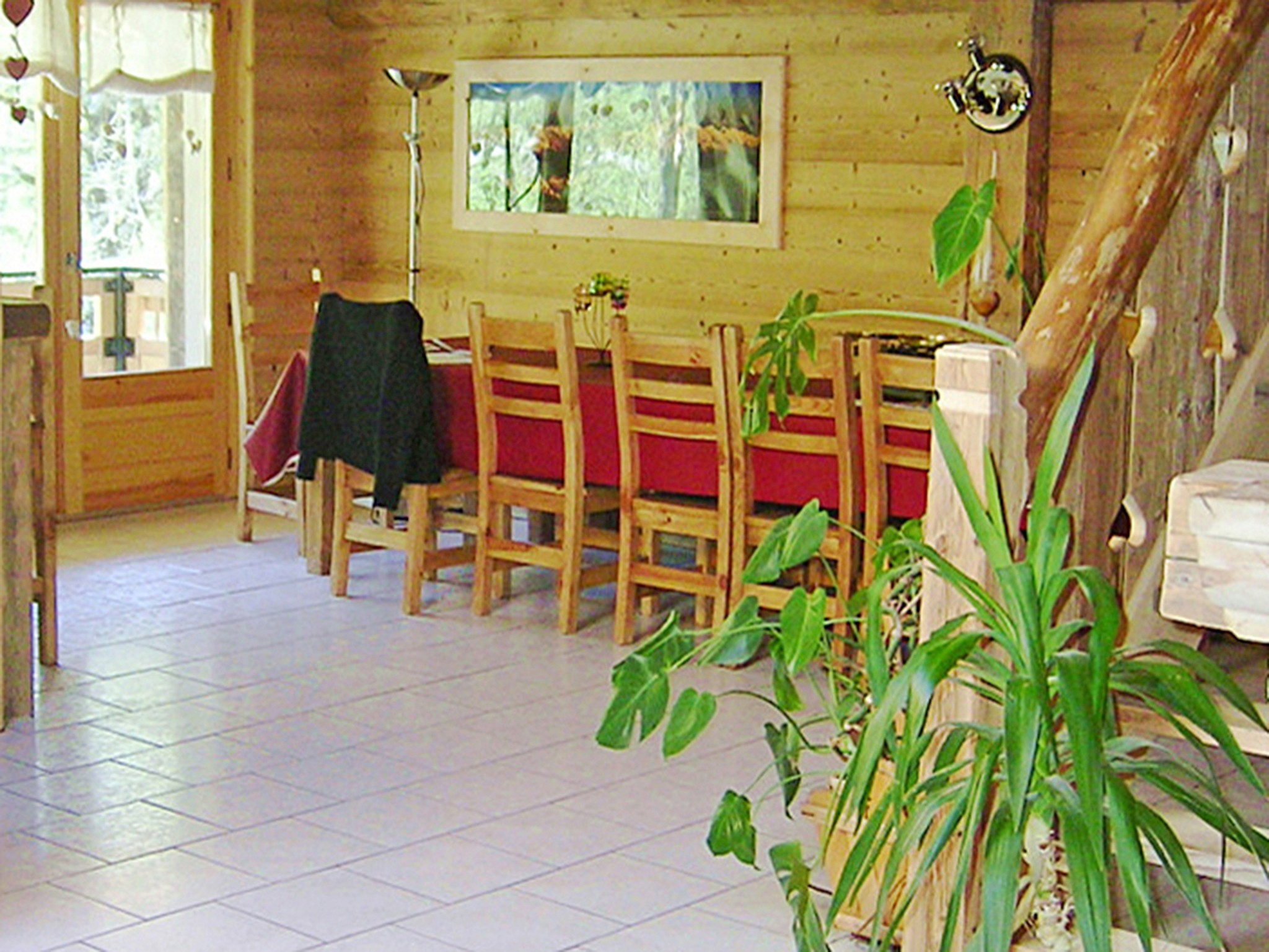 Chalet Châtel CCS01 - dining area